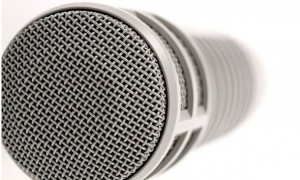 Electro-Voice RE20 3