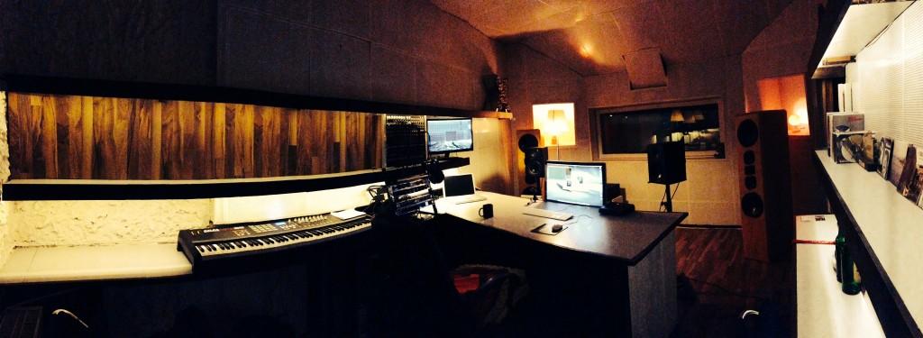 www.retoxstudio.com